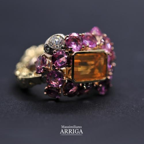 Anello in oro con opale di fuoco, zaffiri rosa e diamanti_2