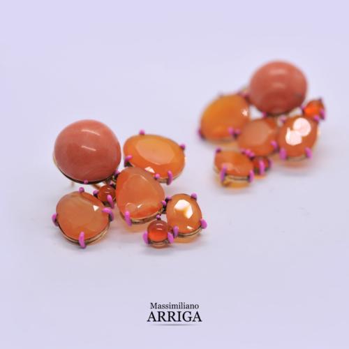 Orecchini in Oro con Coralli, Corniole e Opali di Fuoco